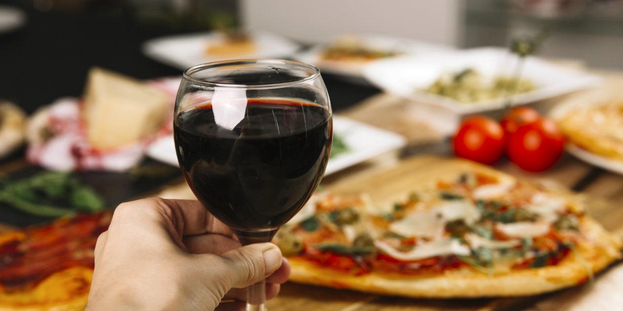 pizza e vino abbinamento